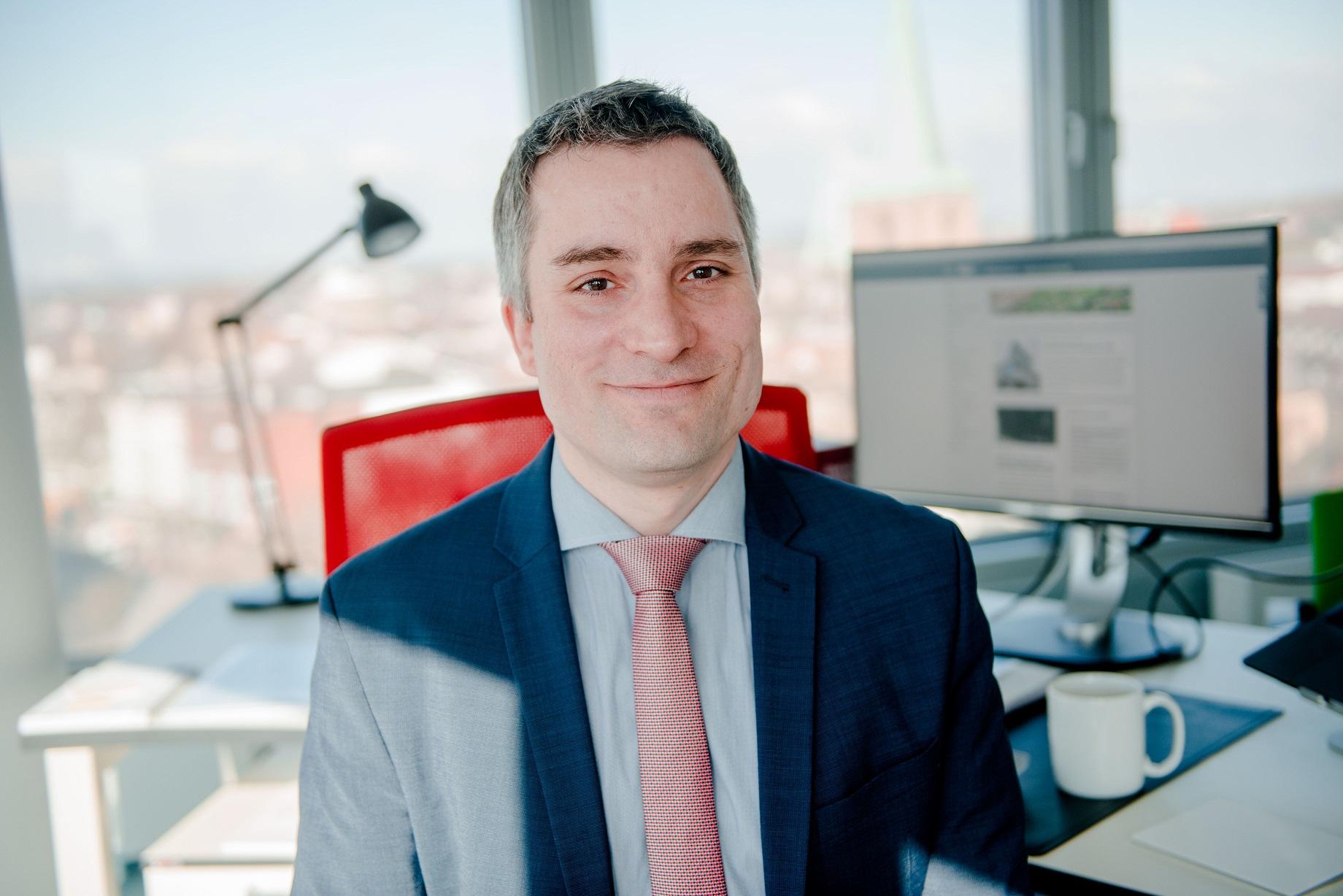 Kriminologe Tobias Singelnstein (Foto: Katja Marquard/RUB/dpa)